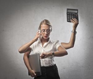 Multi-tasking businesswoman